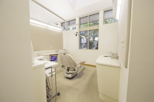 Charleston Dental Associates Office Interior - Dental Chair 7